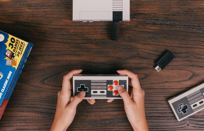 재출시되는 NES 클래식, 곧 만날 네오지오 미니 포터블