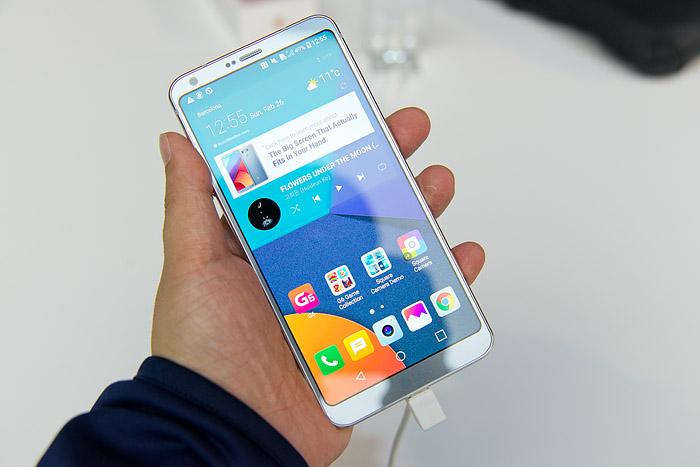 MWC에서 공개된 LG G6.