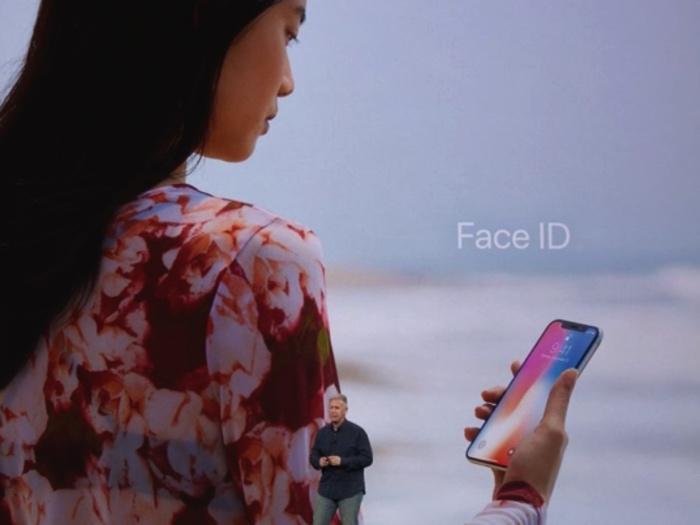 애플, 아이폰 X 발표 당시 페이스 ID 실패에 대한 입장 밝혀